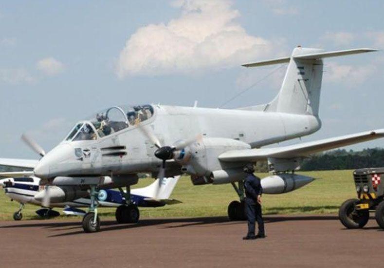 La emergencia habilita el derribo de aviones y la convocatoria a integrantes retirados de la fuerza.