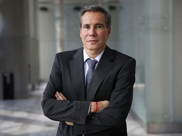 Alberto Nisman volvió al país antes de morir por temor a que Alejandra Gils Carbó lo echara