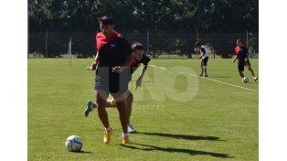 Alan Ruiz pretende con su fútbol llevar a Colón a pelear cosas importantes en el Transición 2016. Gentileza/ACCION5COM