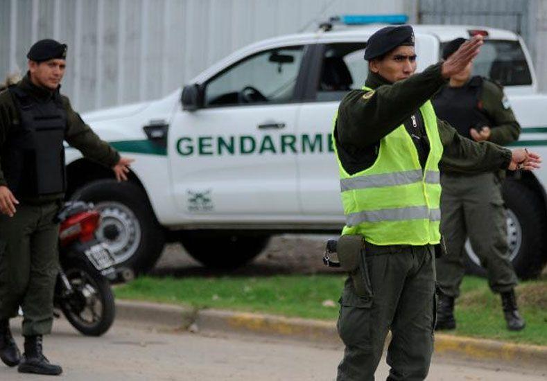 Asesinaron a un gendarme a balazos para robarle la camioneta