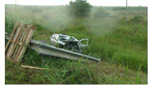 La imagen muestra el estado en que quedó el VW Golf. (Foto:Gentileza portal 03442.com.ar)