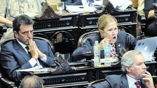 Camaño quiere que Bullrich asista al Congreso.