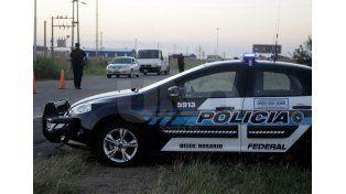 En la ruta. Agentes de diversas fuerzas vigilaron cada uno de los autos en las rutas 6