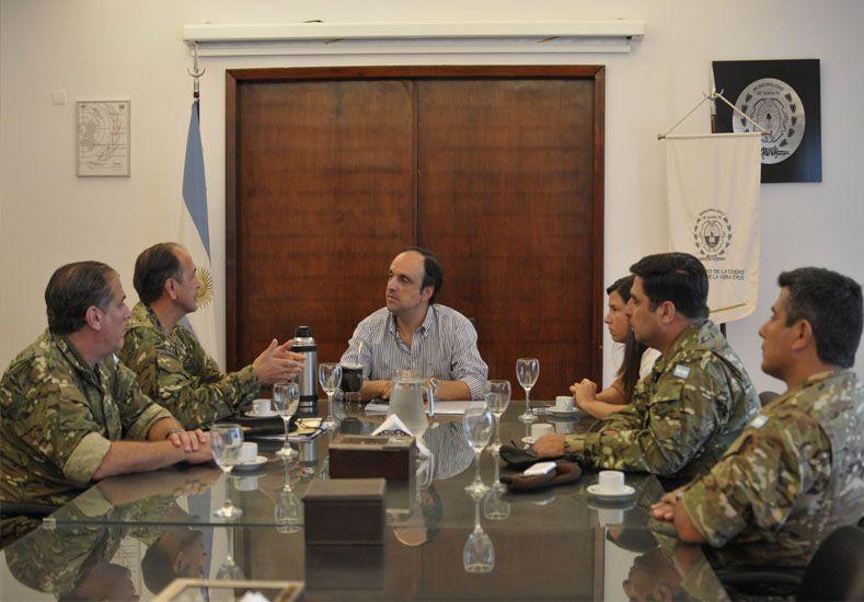 Crecida del Paraná: el Ejército puso su logística a disposición del Municipio
