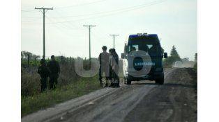 Rastrillaje negativo. Agentes de distintas fuerzas recorrieron la zona sin los resultados esperados / Foto: Juan Manuel Baialardo - Uno Santa Fe