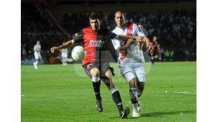 Emmanuel Gigliotti en Colón le anotó un gol a Unión y fue convocado a la Selección Argentina / Foto: Manuel Testi - Uno Santa Fe