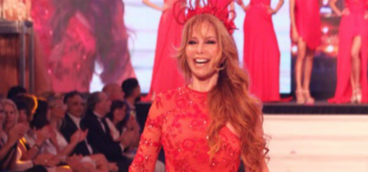 Graciela Alfano volvió espléndida a las pasarelas