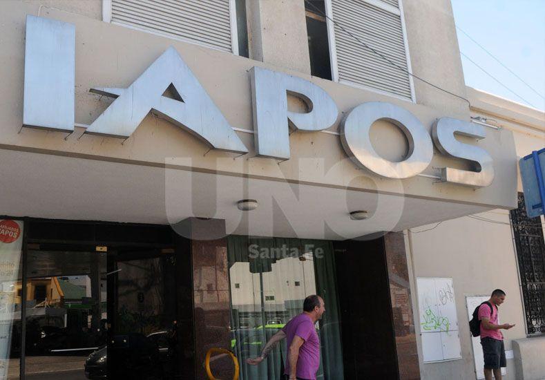 Denuncian que el Gobierno Provincial le debe a Iapos 1.100 millones de pesos