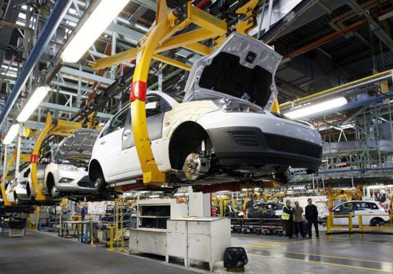 Bajan los impuestos para autos y motos