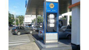 Rige el aumento de 6% en naftas y el litro de Súper de YPF cuesta $15,27