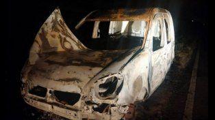 La camioneta hallada esta madrugada entre Florencio Varela y La Plata.