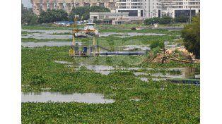 La toma de agua de ASSA sobre la Laguna Setúbal