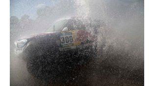 El recorrido de la segunda etapa del Rally Dakar se redujo por el mal clima