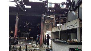 Dolor y muchas dudas. El incendio en Tiro Loco se cobró la vida de sus dos propietarios.