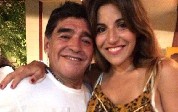 La familia unida. Diego Maradona y su hija Giannina