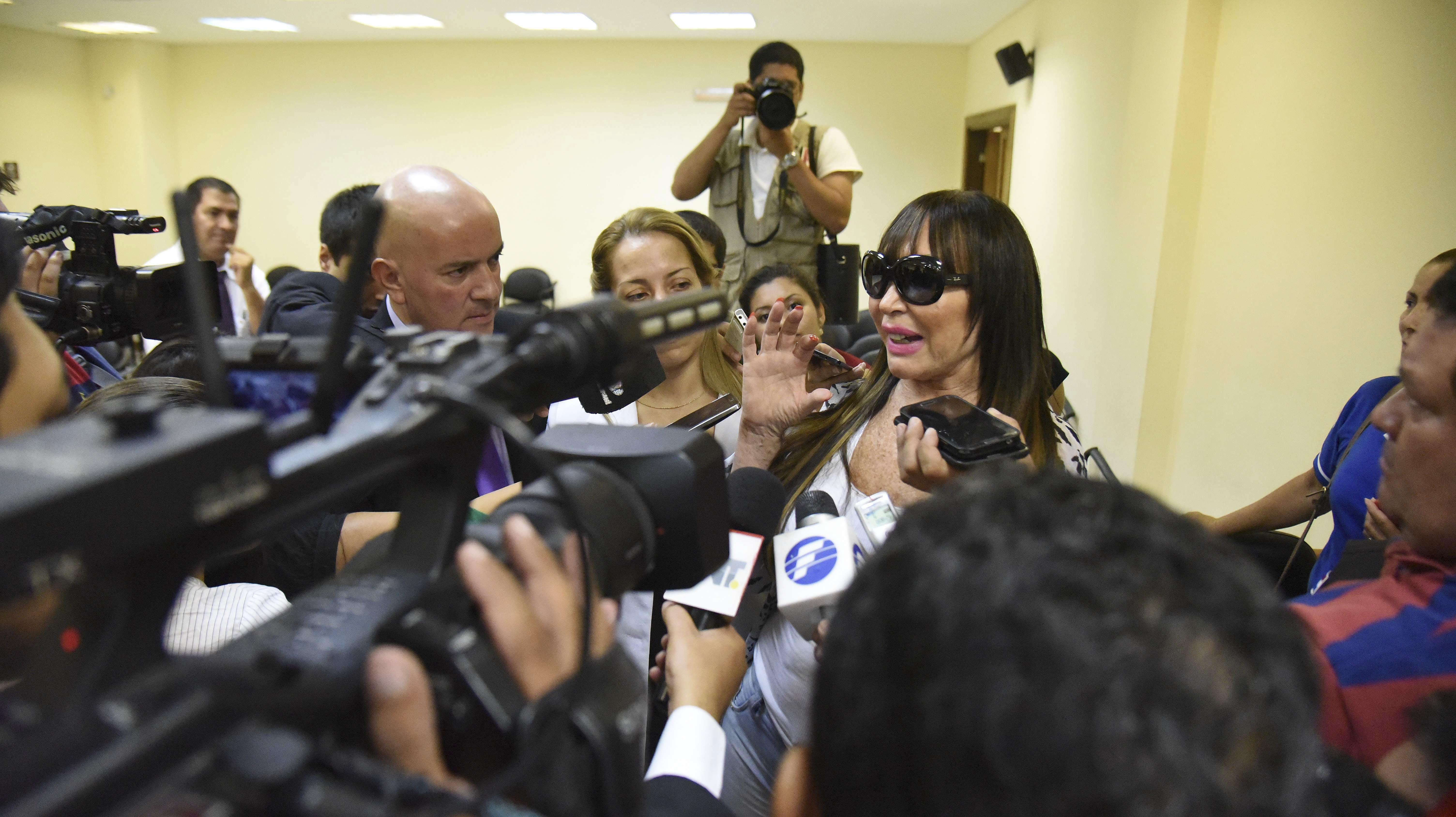 Moria Casán, beneficiada con la libertad condicional, espera volver a la Argentina para Navidad