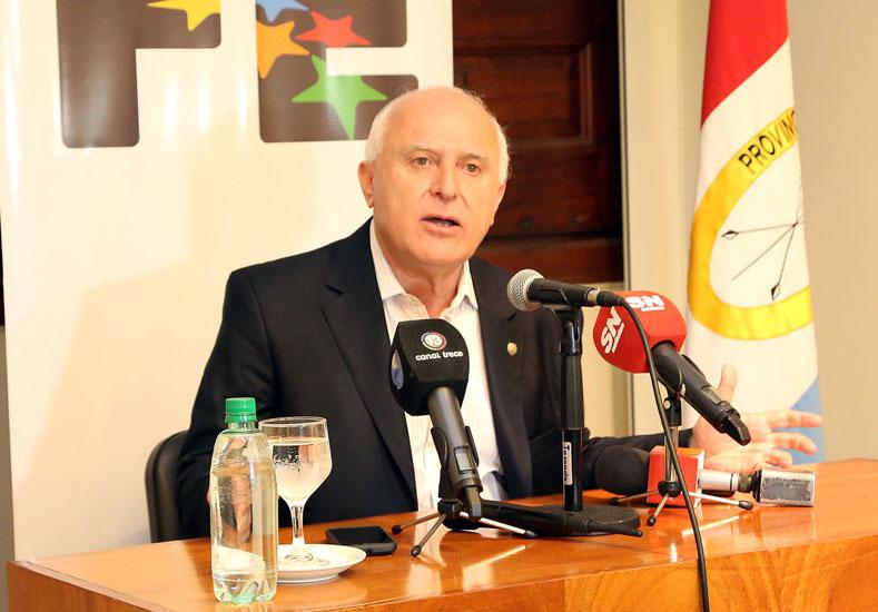 La provincia transfirió 210 millones para sueldos y aguinaldos a municipalidades