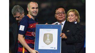 Estreno: mirá la camiseta del Barca con el escudo de campeón del mundo