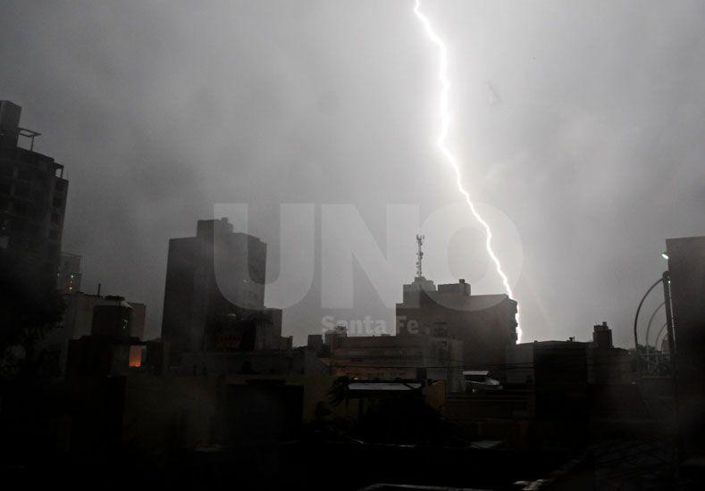 Alerta por tormentas fuertes para el centro y sur de la provincia