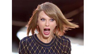 Taylor Swift, ¡gordita e irreconocible!