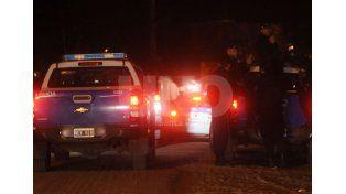 Detuvieron a seis violentos tiratiros en barrio Los Naranjos