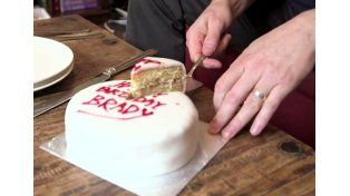 Cómo es la manera perfecta de cortar una torta