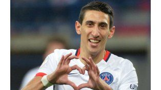 Di María hace su típico gesto al festejar el primero de sus dos goles. (Foto: NA)