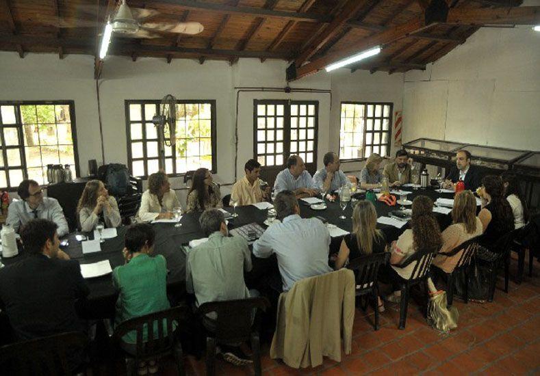 Primera reunión. Se llevó a cabo en el SUM del Jardín Botánico Ingeniero Lorenzo Parodi / Foto: Gentileza Municipalidad de Santa Fe
