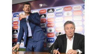 No hubo acuerdo: Segura y Tinelli estuvieron en AFA pero no destrabaron la situación