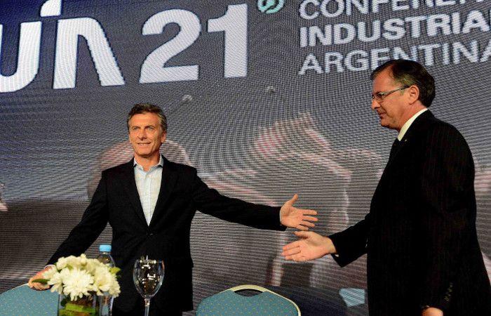 Mauricio Macri anunció la quita de retenciones a la exportación industrial