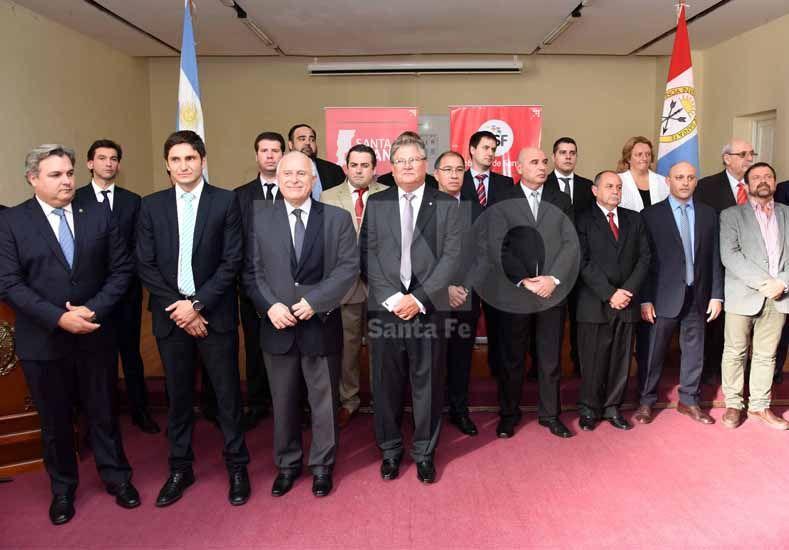 Lifschitz participó de la puesta en funciones de las nuevas autoridades del Ministerio de Seguridad