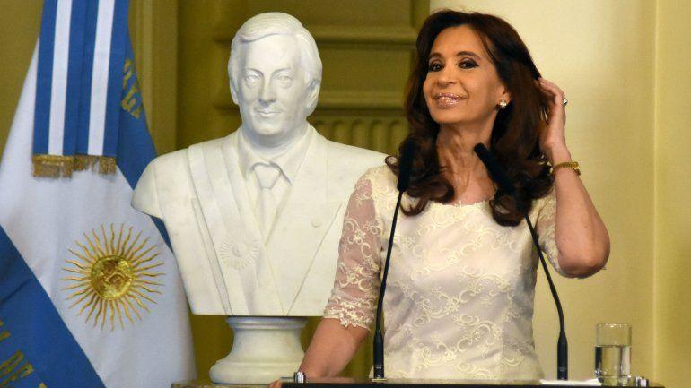 Las primeras horas de CFK como ex Presidenta: Estoy bien, estoy normal