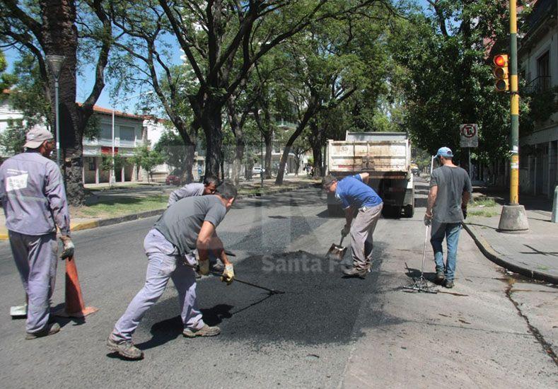 Prioridad. Se privilegian las calles donde circula transporte público y las de penetración a los barrios. Foto: Gentileza Municipalidad de Santa Fe