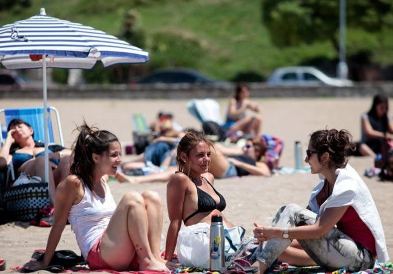 Los turistas gastaron 1.866,5 millones de pesos y las ventas crecieron 4,5%
