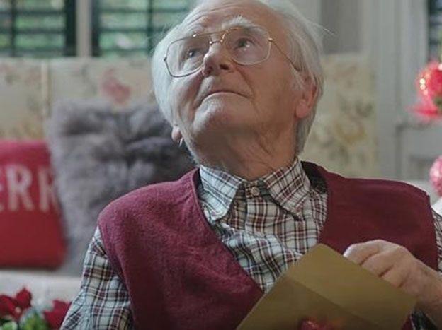 Una web porno revela el mejor regalo para tu abuelo en Navidad