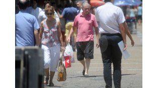 Apuesta. Los comerciantes quieren aprovechar el movimiento turístico regional. UNO de Santa Fe/Manuel Testi