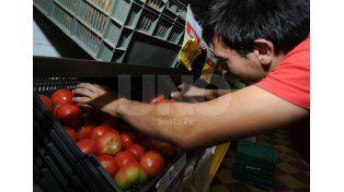 En medio de la suba de precios, frutas y verduras se mantienen estables