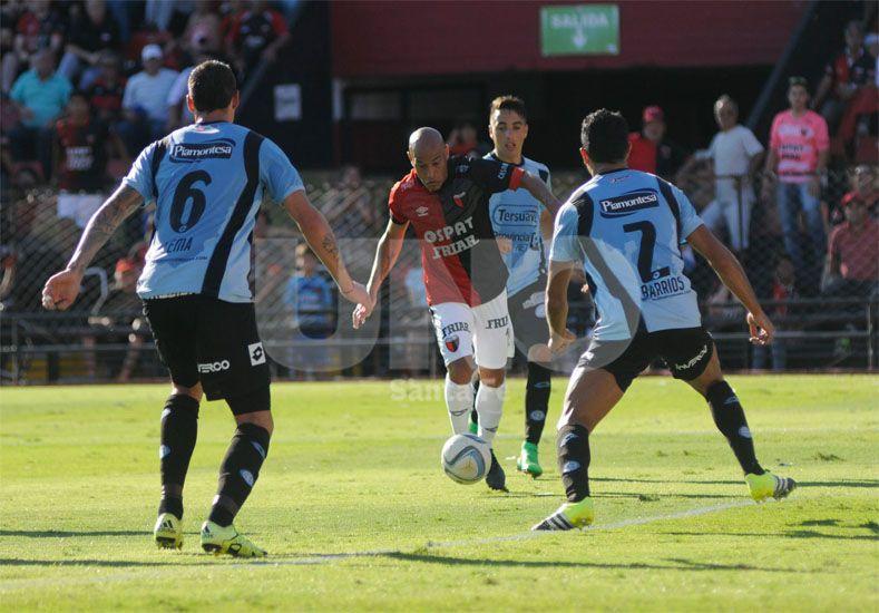 Clemente Rodríguez es otro de los futbolistas que en diciembre se le vence su vínculo con el club rojinegro / Foto: Manuel Testi - Uno Santa Fe