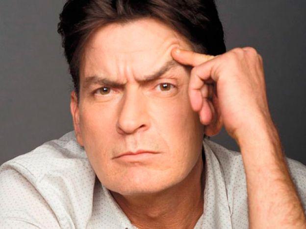 Exnovia de Sheen lo demandó por ocultarle que era portador de VIH