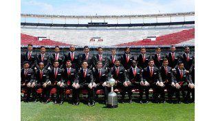 River Plate se mostró con la vestimenta oficial para viajar a Japón