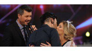 El apasionado beso de Federico Hoppe y Laurita Fernández en ShowMatch