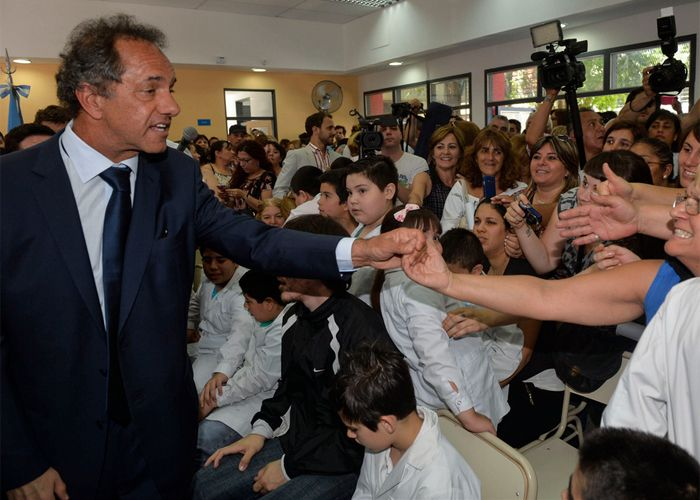 Scioli sostuvo que si bien el gobierno de Macri no arrancó con un dólar a 14 o 15 pesos