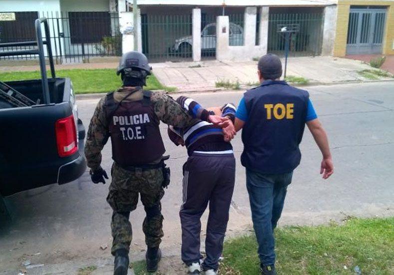 La Compañía TOE detuvo a un hombre con pedido de captura por portación de arma de guerra