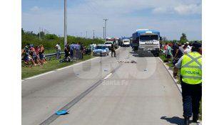 Fatal: una mujer murió arrollada por un camión en avenida de Circunvalación Oeste