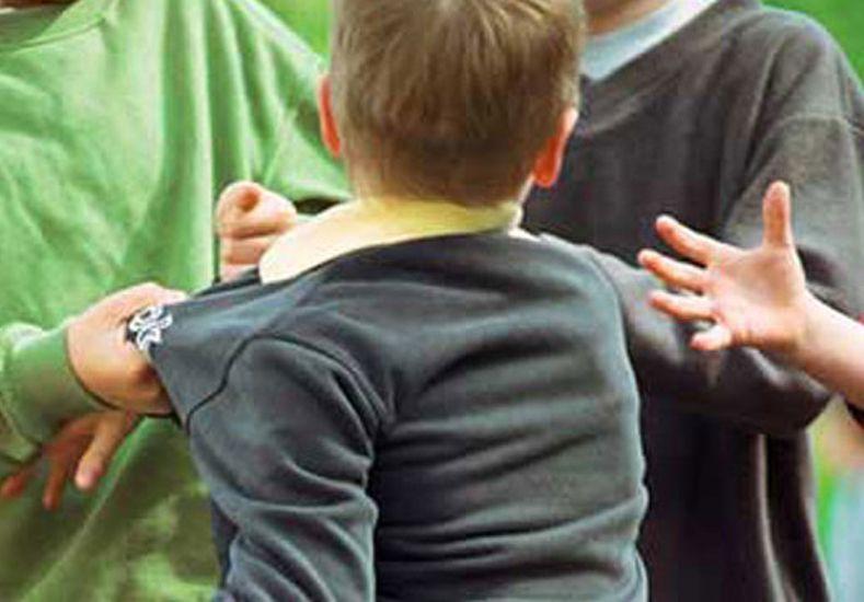 Un alumno apuñaló a otro compañero a la salida de una escuela de Rincón