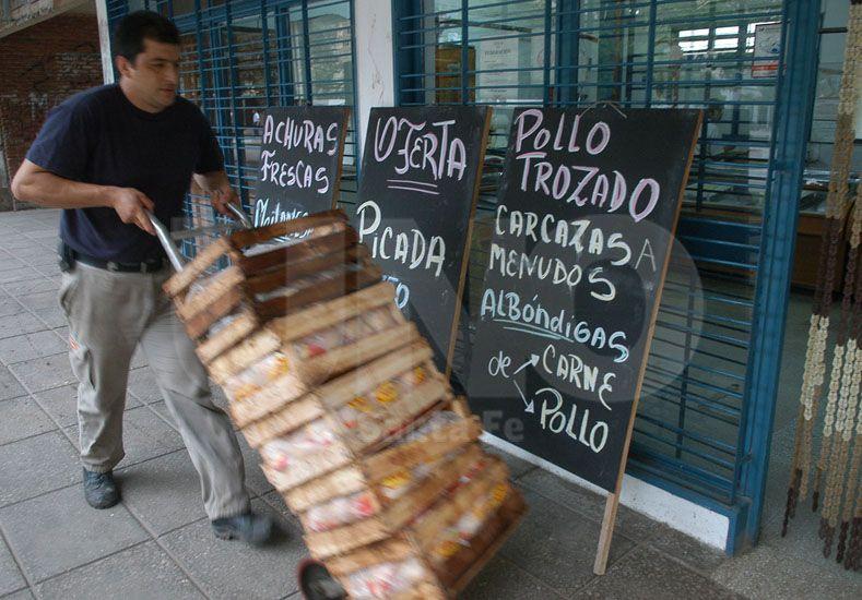 Los empresarios santafesinos reconocen aumentos en el precio del pollo y de la harina