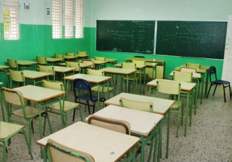 Denuncian a docentes por tener sexo en un colegio
