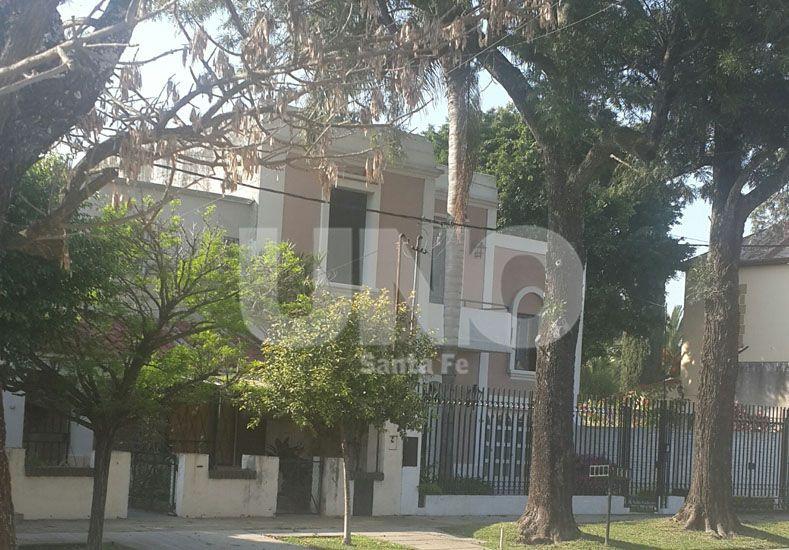 La vivienda ubicada sobre calle Talcahuano al 7700 en barrio Guadalupe Residencial.