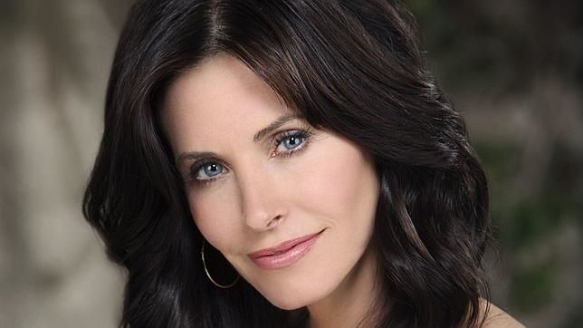 Courteney Cox, otra bella actriz irreconocible