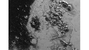 Planetario: Hallan una segunda cordillera de montañas en el corazón de Plutón